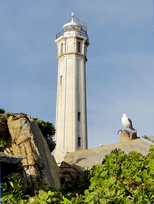 Alcatraz001lighthouse